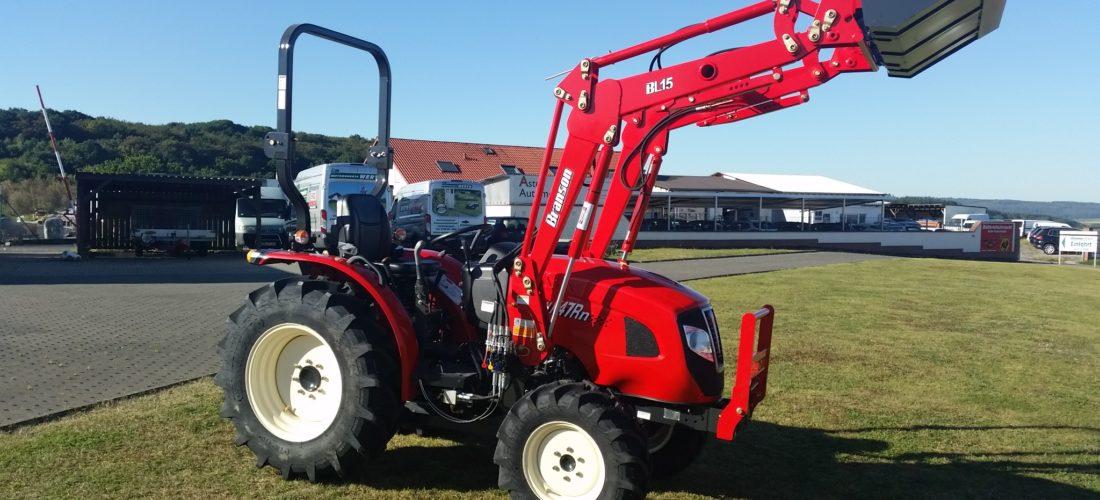 Kompakttraktor Branson F47 mit Frontlader Traktor Händler günstig kaufen