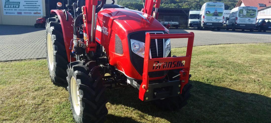 Kompakttraktor Branson mit Frontlader Traktor Händler günstig kaufen