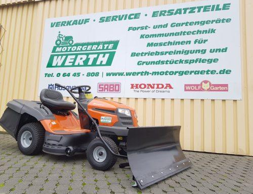 Rasentraktor Husqvarna TC 38 jetzt günstig kaufen im Winterpaket mit Schneeschild und Schneeketten